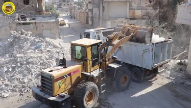 إزالة ركام بالقرب من مستشفى المواساة في مدينة الرقة (فيديو)