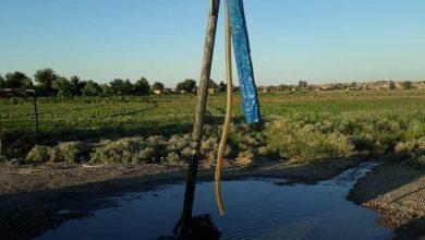 صورة لمنهل ماء عذب في منطقة الهرموشية بريف دير الزور الغربي