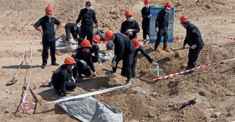 فريق الاستجابة الأولية في الرقة: عدد الجثث المنتشلة من مقبرة تل زيدان بلغ 234