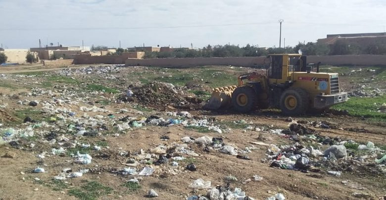 """بلدية الجرنية تنفذ عدة أعمال خدمية في قرية """"حبيتر"""" شمال الطبقة"""
